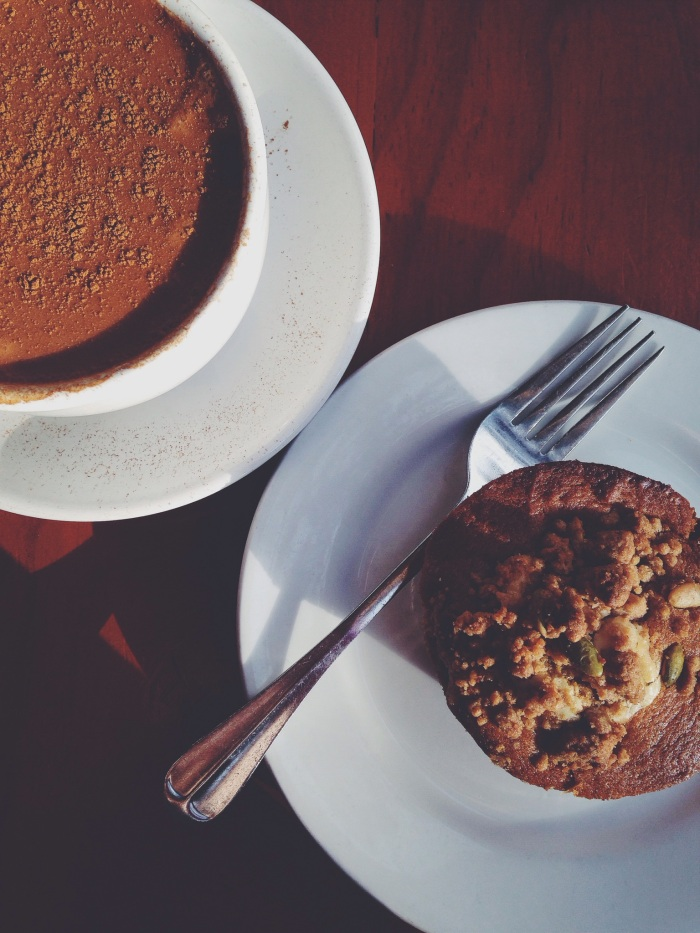 Pumpkin muffin, cinnamon coffee and a side of SWV and Salt n Peppa, this is fall