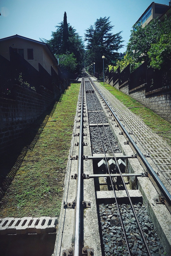 Taking the funicular down to the base of town to head off to our next destination. Thank you for the memories, Orvieto.